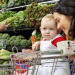 enfant et caddie 1 150x150 - Client versus citoyen, qui sera le consommateur de demain ?