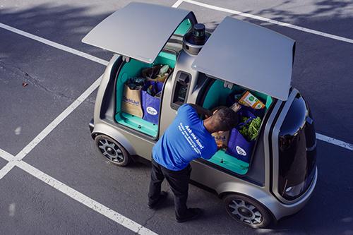 kroger meet nuro clicklist associate - Kroger livre ses clients avec des véhicules autonomes