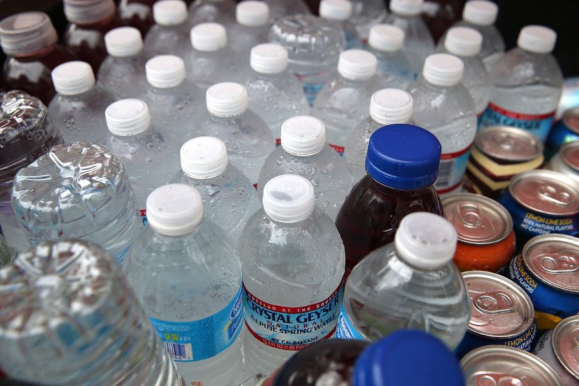 3000 - San-Fransisco interdit la vente de bouteilles d'eau en plastique