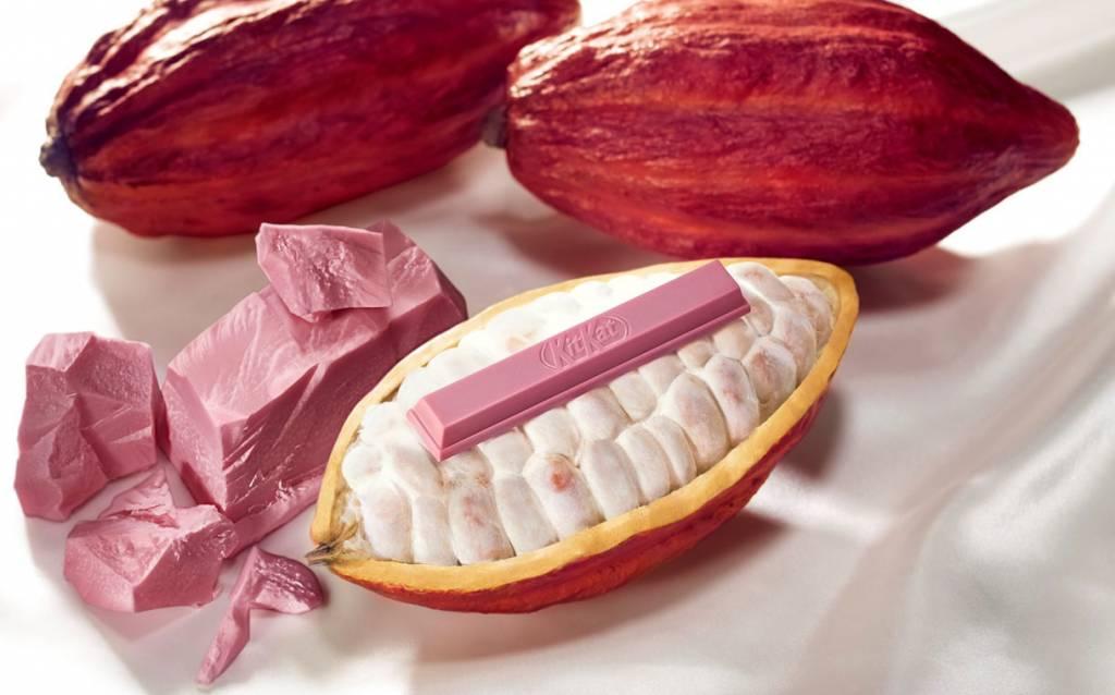 Kitkat Ruby Chocolate 1024x638 - Les 5 produits alimentaires innovants de 2018 selon FoodBev Media