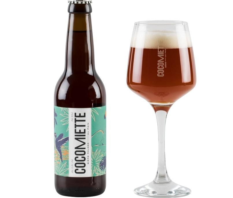 """packshot bouteille verre rousse cocomiette v4 807x684 - Cocomiette, de la bière """"anti-gaspi"""" réalisée avec du pain invendu"""