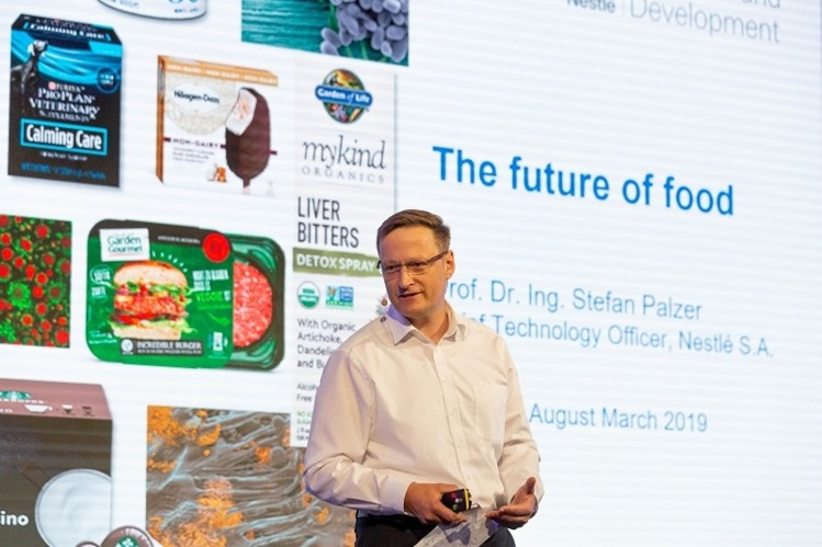 Food is getting cool Nestle CTO Stefan Palzer s top 7 predictions on the future of food wrbm large - Les 7 prédictions de l'alimentation du futur selon Stefan Palzer, CTO de Nestlé