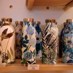 960x614 gourdes fleuries inox marque italienne 24 bottles rayon magasin altermundi paris 3 150x150 - La folie des gourdes en France - 20 minutes