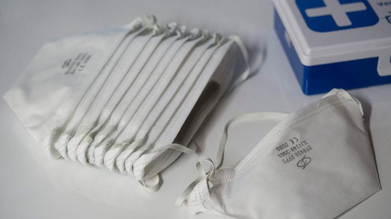 0 1 - L'usine Petit Navire de Douarnenez donne 24.000 masques à l'hôpital