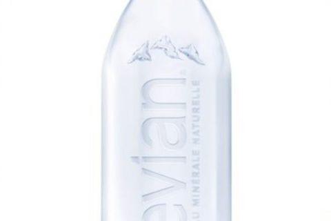 000027734 600x400 c 480x320 - evian dévoile la première bouteille sans étiquette, 100% matière recyclée et 100% recyclable
