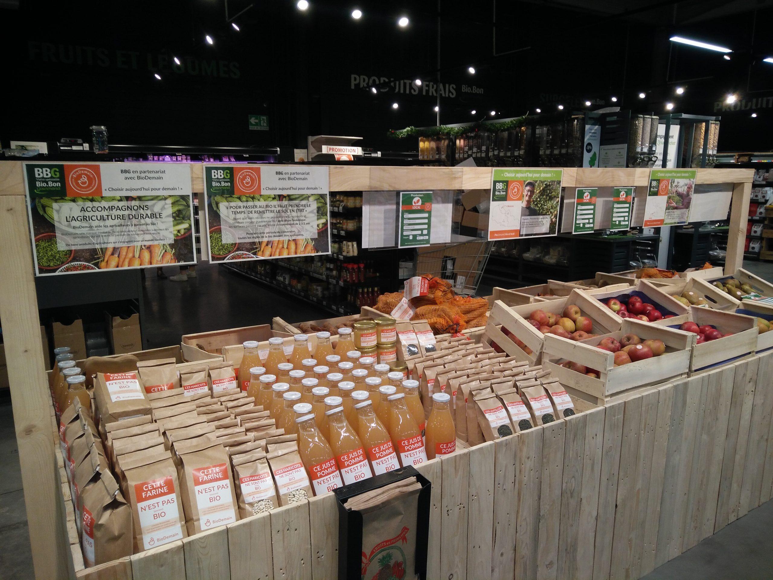 Implantation en magasin scaled - BioDemain accompagne les agriculteurs français pour passer au bio