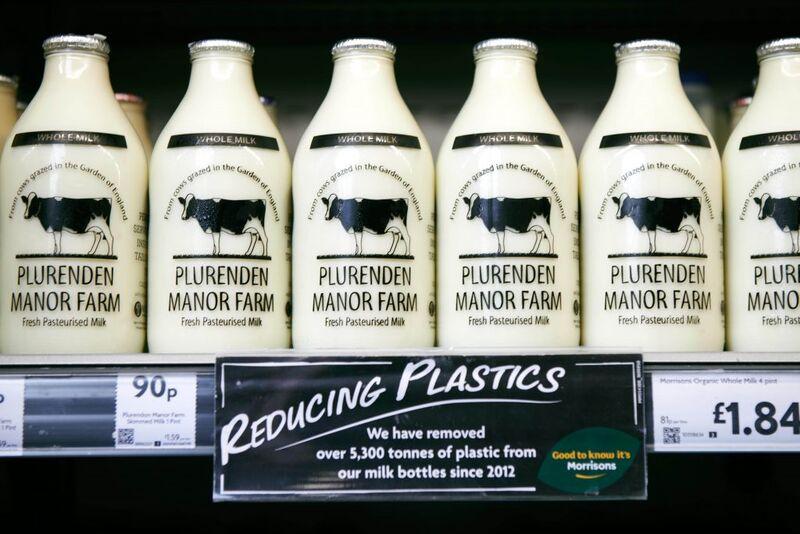 454961 2 800 - Morrisons remet au goût du jour les bouteilles de lait en verre